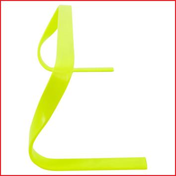 fluo gele horde met een hoogte van 23 cm