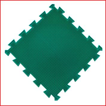 elk puzzelstuk van deze orthopedische set heeft een afmeting van 26 x 26 cm