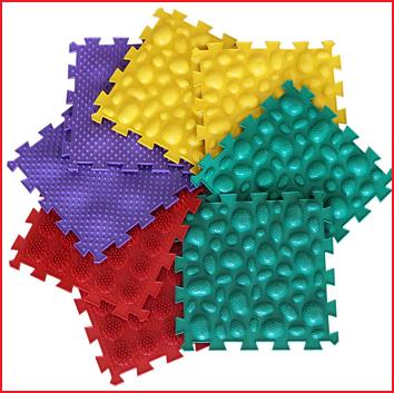 8 orthopedische matten met 4 verschillende massageoppervlakken