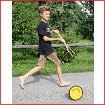 het wiel balanceren over een strook, enz.