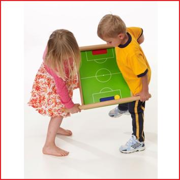Pedalo voetbalbord is een ontspannend spel met de nodige power en fun