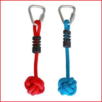 een ninja line set met 3 knotsen