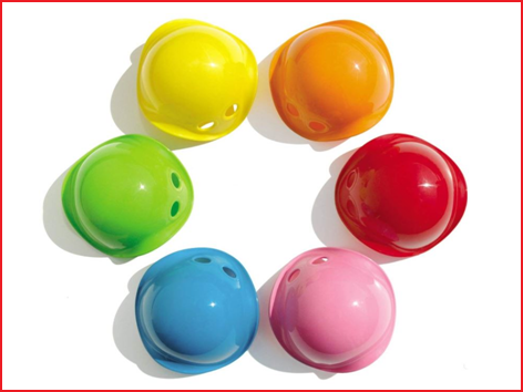 de kleine Bilibo's worden geleverd in 6 vrolijke kleuren