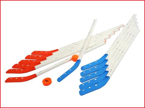 streethockeyset bestaande uit 12 hockeysticks, 1 puck en 1 bal