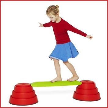 een balanceerbalk combineerbaar met verschillende Gonge elementen
