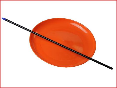 een sterk jongleerbord geleverd met stokje