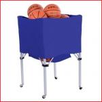 een verrolbare en opvouwbare ballenwagen geschikt voor 20 tot 25 sportballen