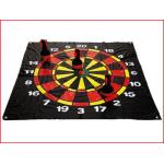 een groot dartspel voor buiten van 120 x 120 cm