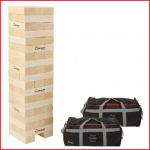 een mega Jenga bestaande uit 56 blokken van 22,5 x 7,5 x 6,5 cm