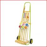croquetset bestaande uit : 6 ballen, 4 hamers junior, 2 hamers senior, hindernisbogen en een metalen rolwagen