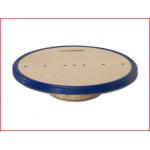 een houten antislip balansbord van Pedalo met een diameter van 32 cm