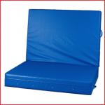 een opvouwbare valmat van 200 x 150 x 30 cm