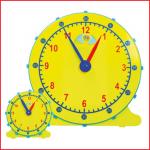 leerklokken bestaande uit 1 grote en 12 kleinere klokken