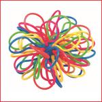 een elastieken catchbal die gemakkelijk is om te vangen